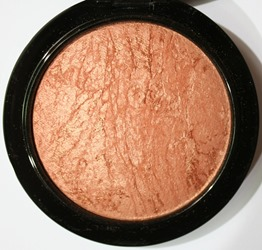CheekyBronzeMineralizeSkinfinishMAC10