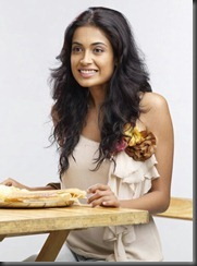 Sarah Jane Dias Cute Photoshoot Pics