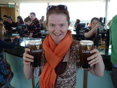 Imagini Dublin: berea Guiness in Guiness bar