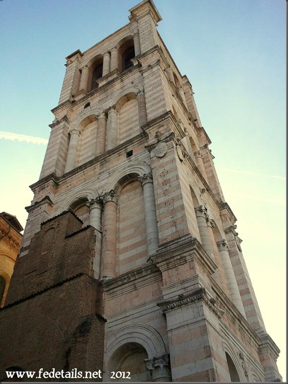 Campanile Cattedrale di San Giorgio, Ferrara, Italia - Bell Tower Saint George Cathedral, Ferrara, Italy - Property and Copyright of www.fedetails.net