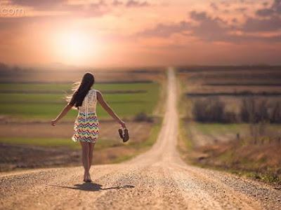 Những người không đi cùng trên con đường của bạn thì họ