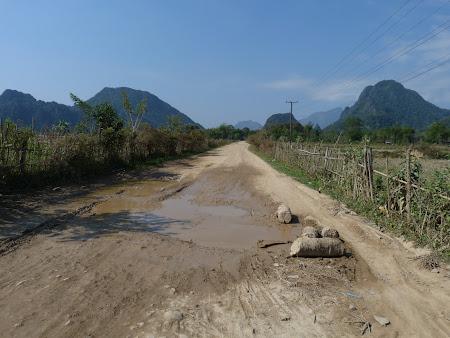Imagini Laos rural: spre Laguna Blue