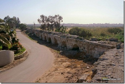 Herodian aqueduct turn near Tell Mevorakh, tbs103339904