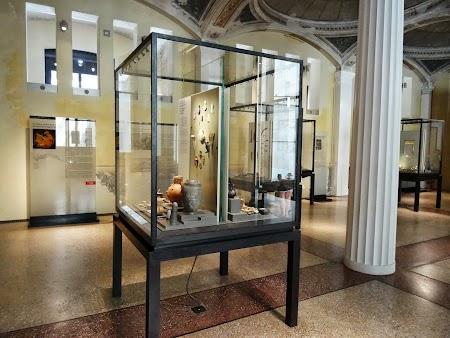 Muzeu Berlin: Neues Museum