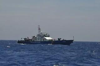 Tàu cảnh sát biển Việt Nam tuần tra tại vùng biển Hoàng Sa