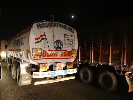 56. Traffic jam to Delhi.JPG