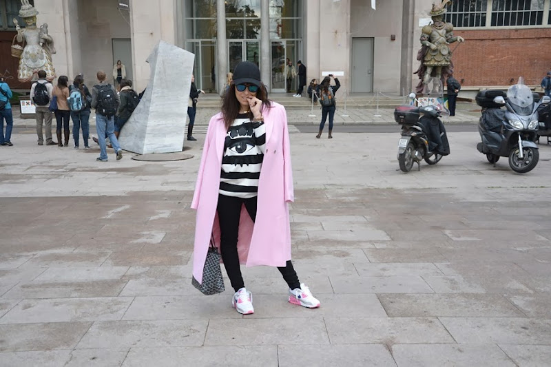pink-coat-must-have-street-style-outfit-mfw-nike