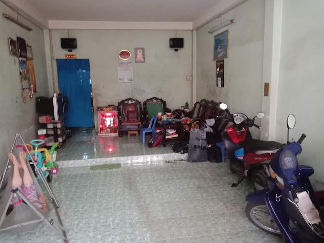 Bán nhà hẻm một sẹc Lũy Bán Bích Quận Tân Phú - 3