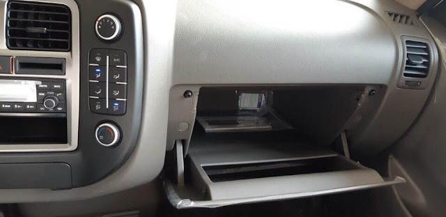 Hộc đựng đồ tiện lợi trên xe Hyundai 1,5 tấn H150 thành công