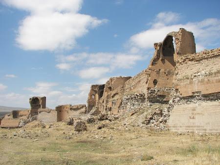 Obiective turistice Anatolia: cetatea Ani Turcia