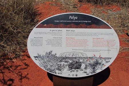 Imagini Uluru: Un  loc special explicat in detaliu