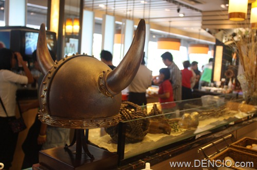 Vikings Luxury Buffet MOA162