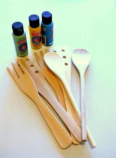 painted wooden spoons2