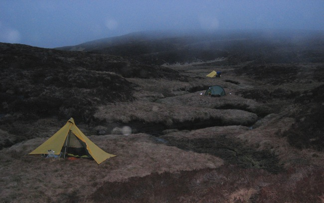 CAMP ON THE CAOCHAN WITH INCOMING WEATHER