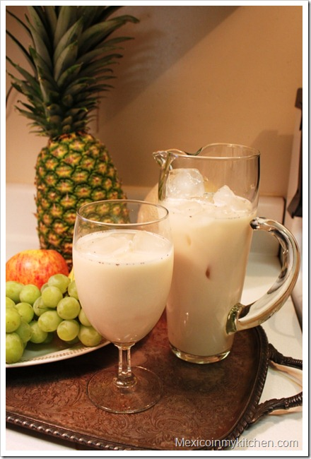 Horchata de Arroz | Mexican Fruit Drinks