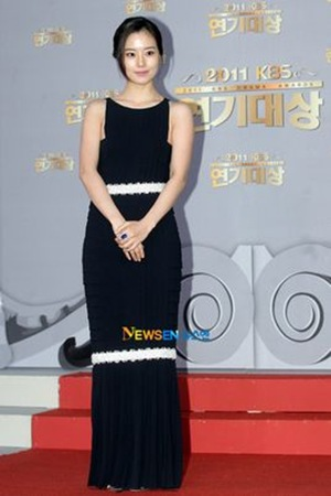 Moon Chae Won - 2011 KBS Drama Awards
