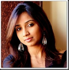 Shreya Ghoshal smart