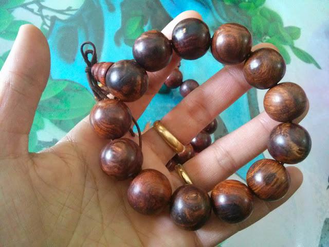 Vòng đeo tay gỗ sưa 16mm