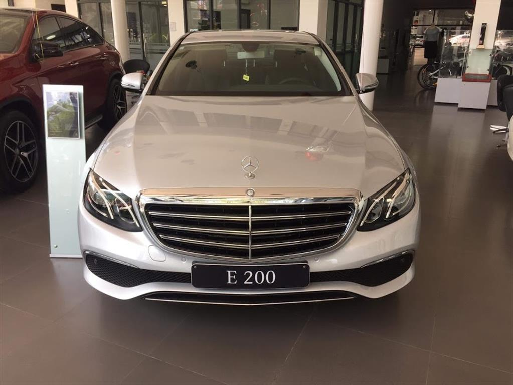 xe Mercedes Benz E200 Edition E 02