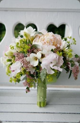 4759_115677038867_7582453_n  romance of flowers