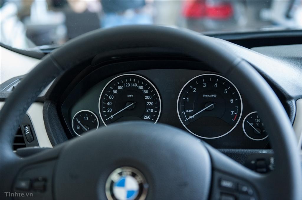 Nội thất xe BMW 320i GT 03