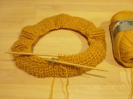 [写真]輪編みx片面イギリスゴム編みに挑戦