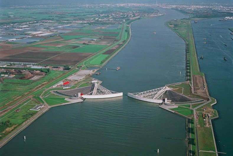 The Netherland's Impressive Storm Surge Barriers | Amusing Planet