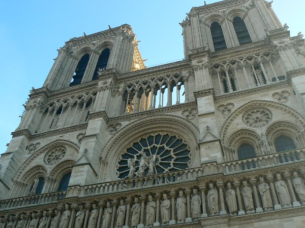 4. Notre Dame.JPG
