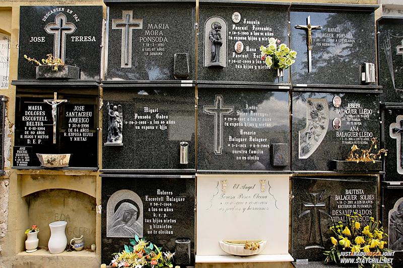 Un cimitir
