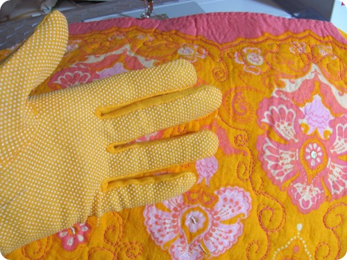 Tamdoll's Machine Quilting Gloves