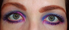 Look2 Urban Decay Electric Eye Shadow Palette_eyes open