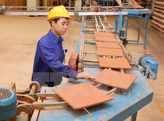 Sản xuất gạch Viglacera Hạ Long