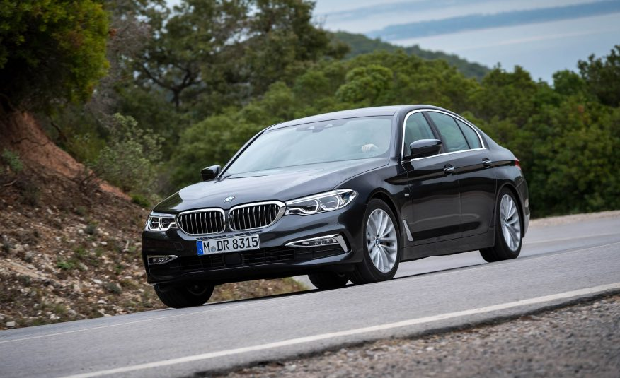 Xe BMW 528i GT new model 01