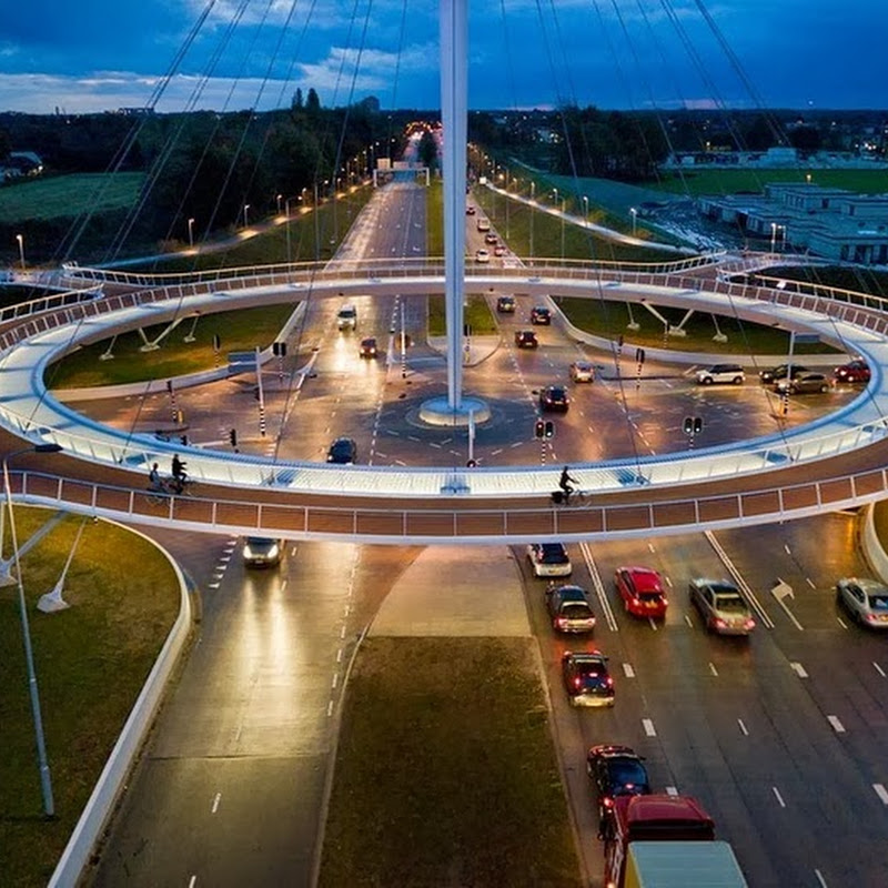 Hovenring, the Floating Circular Cycle Bridge in Eindhoven