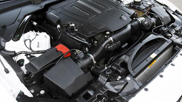 Động cơ Xe Jaguar XE phiên bản 2017-01