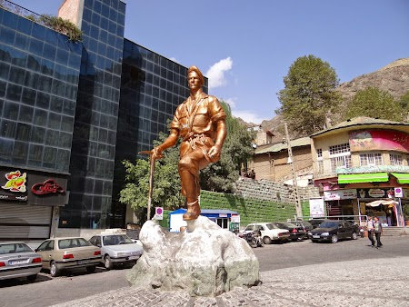 39. Statuie de partizan.JPG