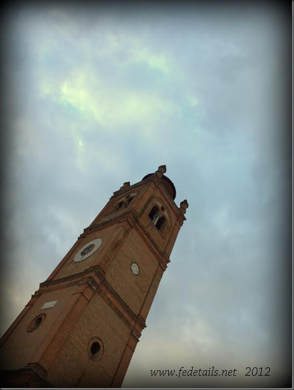 La Basilica di San Giorgio fuori le mura ( campanile ), Ferrara, Emilia Romagna, Italia - The St. George's Basilica Outside the Walls ( bell tower ), Ferrara, Emilia Romagna, Italy - Property and Copyrights of www.fedetails.net
