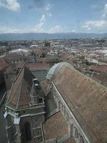 300 - Vistas desde la catedral de St. Pierre.JPG