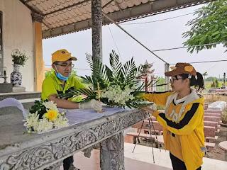 Trung bình hàng tháng, nhóm bạn trẻ đưa các thai nhi về chôn cất ở nghĩa trang của một giáo xứ tại Nam Định.