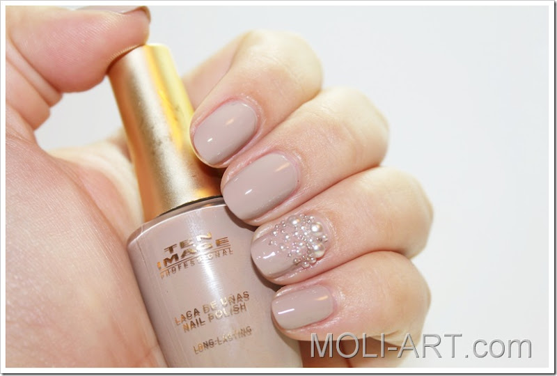 Pearls Nude Nails Moli Art Beauty Blog