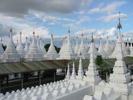 Temple din Mandalay Myanmar