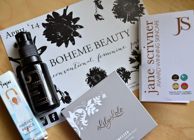 Petit Vour April Beauty Box
