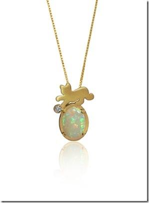 ee329879066 Toda a linha de joias foi inspirada na identificação com os animais de  estimação que temos em nossa infância. O design delicado e as formas sem  quinas