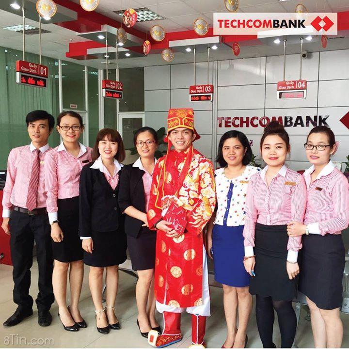 Thần Tài đang trên đường đến khắp các chi nhánh #Techcombank trên