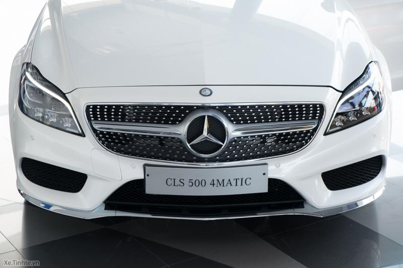 Xe Mercedes Benz CLS500 New Model màu trắng 04