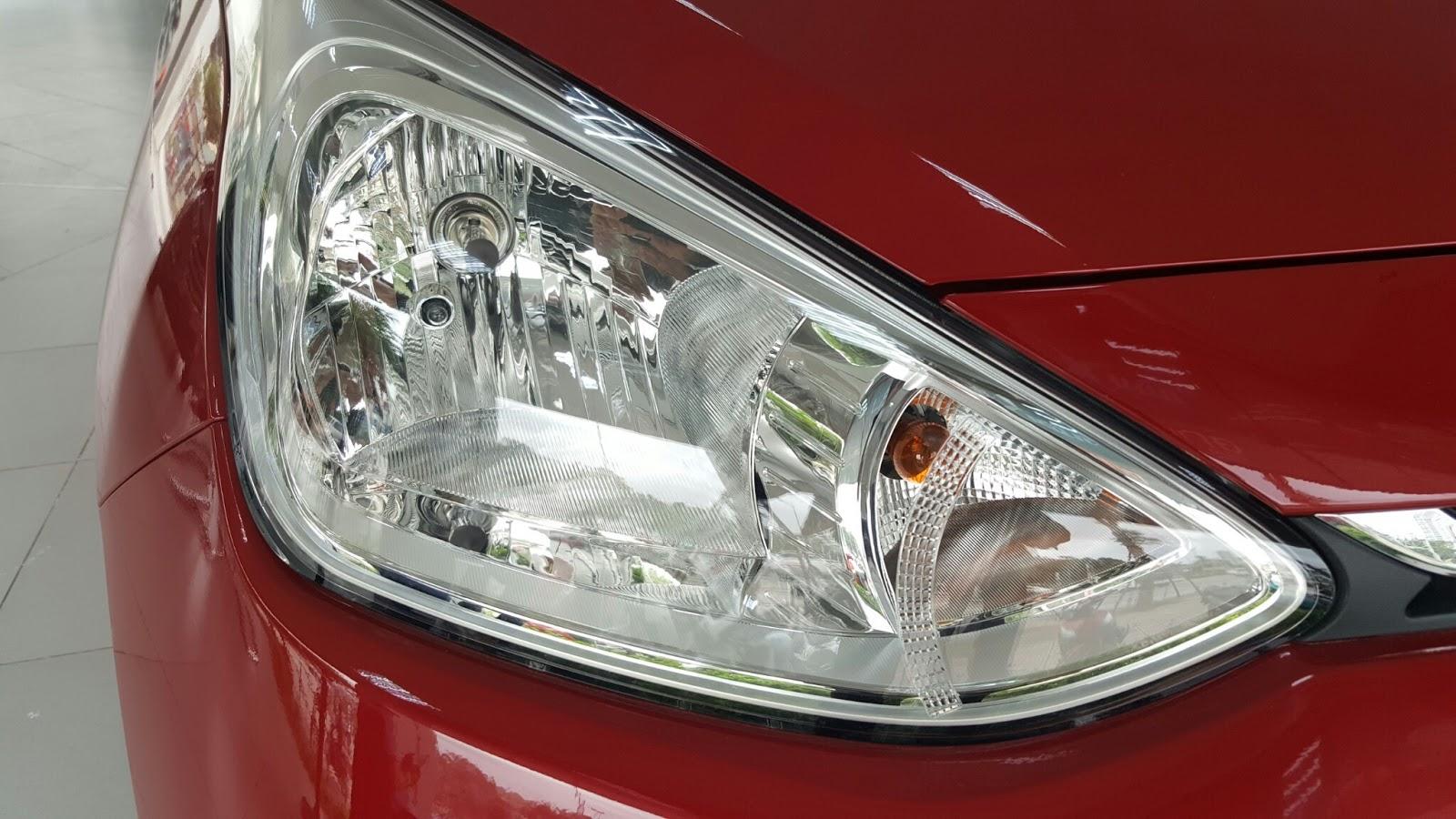 Xe ô tô Hyundai Grand i10 Nhập Khẩu màu đỏ 03