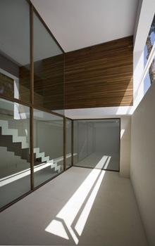 interior-casa-minimalista-en-españa