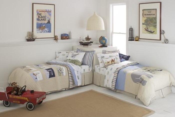 quarto de criana com parede branca