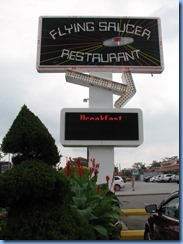 8623 Niagara Falls - Flying Saucer Restaurant - Roadside America attraction