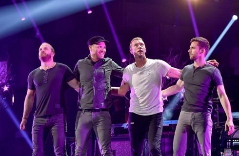 Chris Martin 2014 iHeartRadio Music Festival S4GQqJSZ8_Yl
